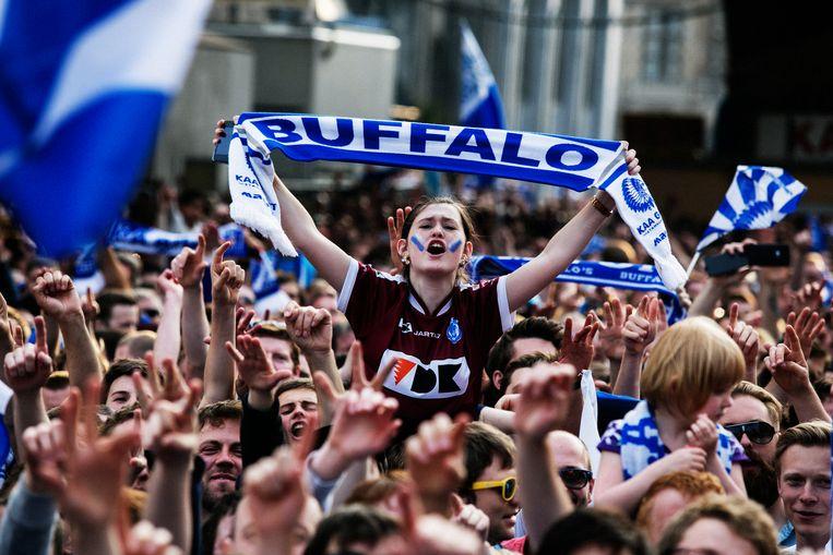 Kampioenenviering in 2015. De binnenstad kleurde blauw-wit, zowat 125.000 Buffalo-supporters waren erbij. Beeld Tim Dirven