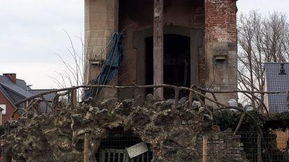 Grafkapel De Kalvaer wordt afgebroken