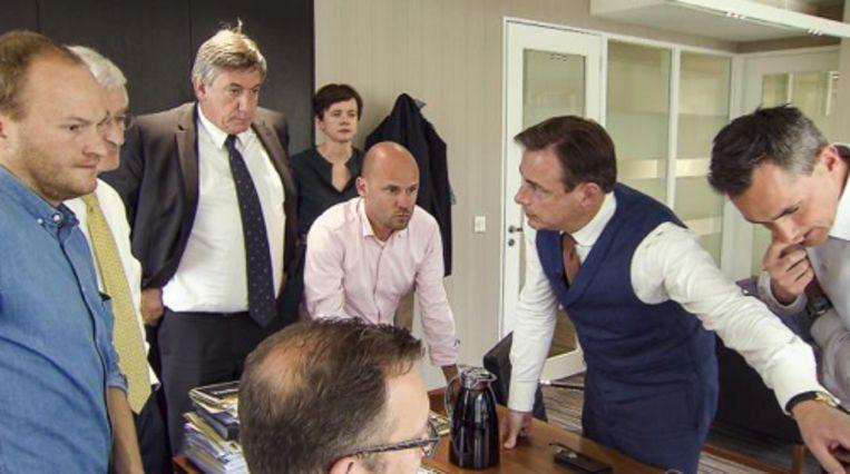 Jambers volgde de verkiezingsdag mee achter de schermen.