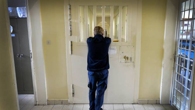 Gevangenis nog altijd in lockdown: een derde van personeel niet inzetbaar door Covid-19