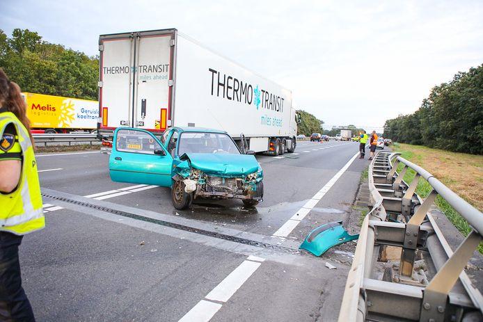 Het ongeluk gebeurde op de A1 ter hoogte van Barneveld.