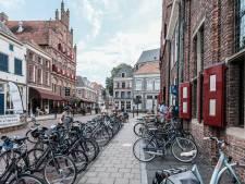 Met klapperende oren online luisteren naar verhalen uit Doesburg van toen tot nu