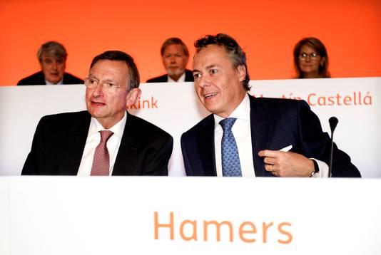 CEO Ralph Hamers met president-commissaris Jeroen van der Veer tijdens de jaarlijkse aandeelhoudersvergadering van ING Groep vorig jaar.
