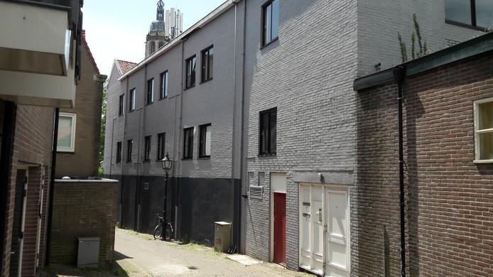 Het gesloten pand aan de Servetstraat in Rhenen.