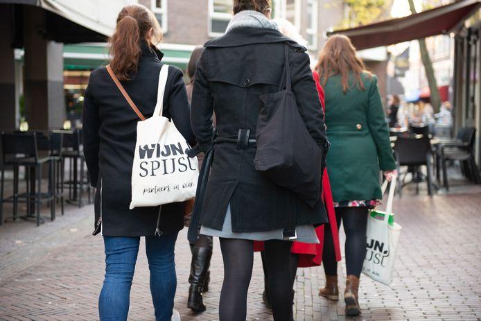 Helmond geeft WijnSpijs geen toestemming voor culinaire take away wandelingen in de stad.