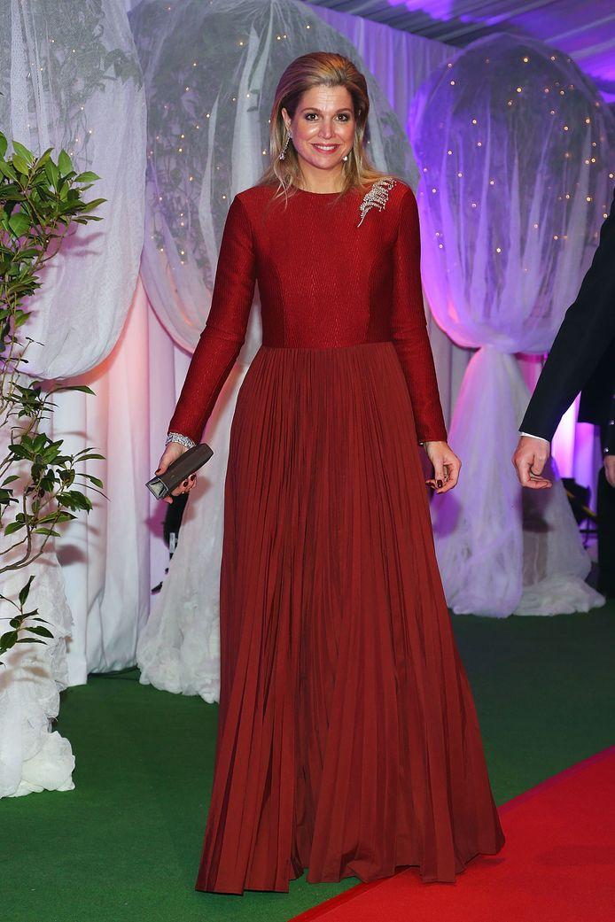 Máxima in een jurk van Mattijs van Bergen.