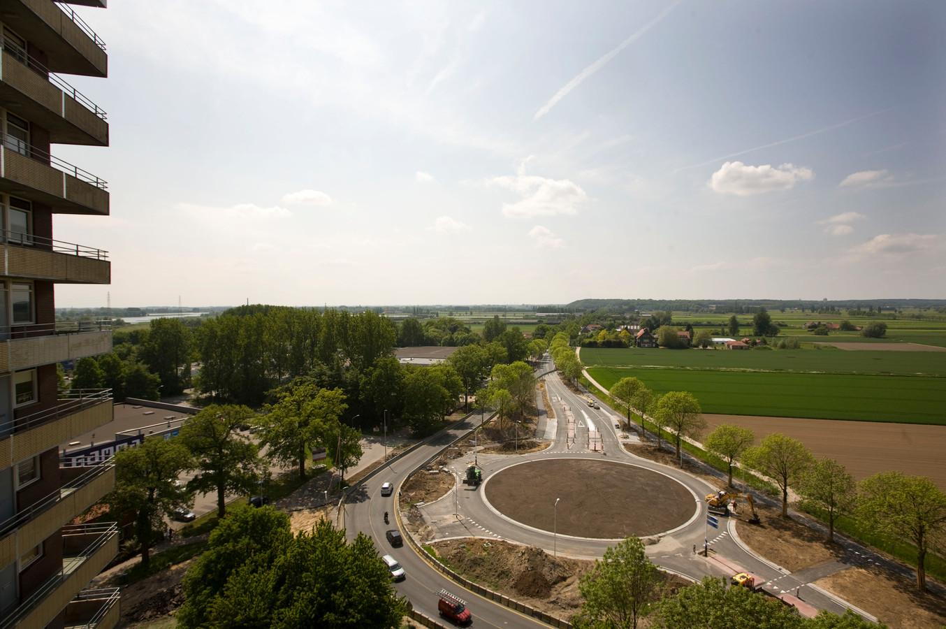 WAGENINGEN Links naast de weg ligt het Nudepark, waar onterecht bomen zijn  gekapt.