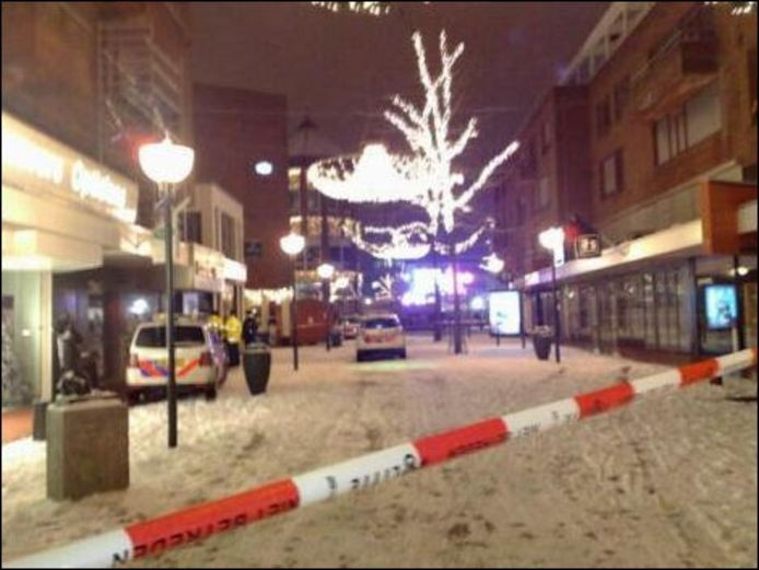 Schietpartij in Eindhoven, vlakbij het Glazen Huis. FOTO Eindhovens Dagblad.
