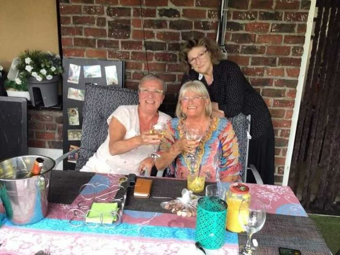 Het team van Sint-Job, van links naar rechts: Wieske, wijlen Agnes (bazin) en Chris van de keuken.