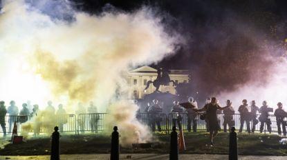 LIVE. Protesten in VS houden aan ondanks avondklok, Witte huis belaagd, rellen en plunderingen in diverse grote steden