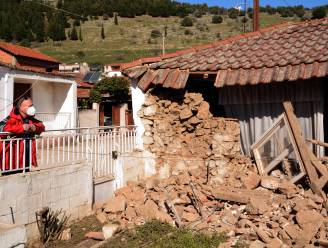 Bijna 900 huizen onbewoonbaar na aardbevingen in Griekenland