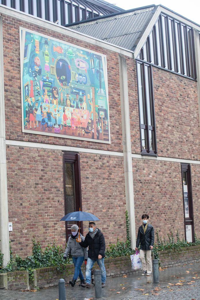 Het museum Villa Verbeelding in Hasselt introduceert een kleurrijke illustratieroute doorheen de binnenstad, en belooft meer illustraties in 2021.