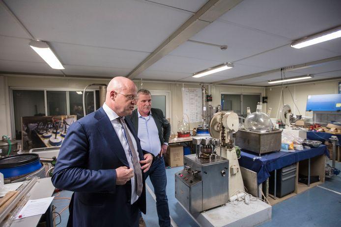 Minister Grapperhaus bezoekt de Nationale Recherche in Son en Breugel
