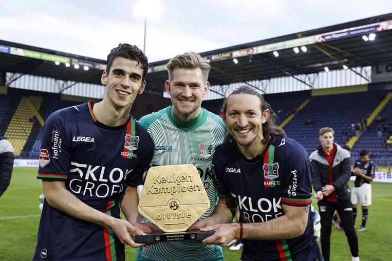 Cas Odenthal, Mattijs Branderhorst en Edgar Barreto vieren de promotie naar de Eredivisie Beeld ANP