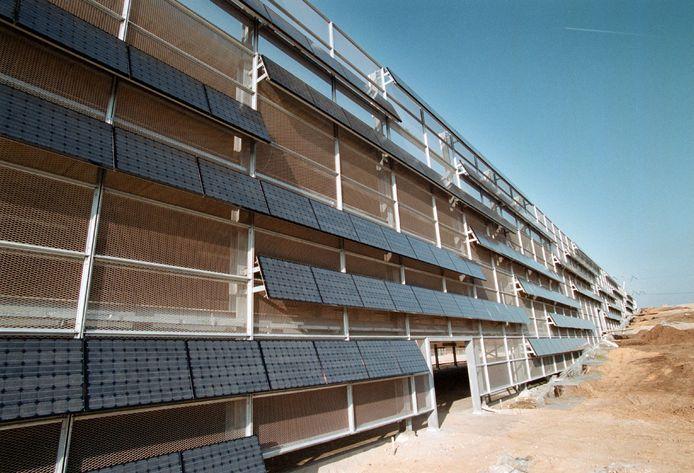 Zonnepanelen op parkeergarage.