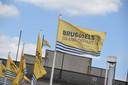Des drapeaux annoncent le grand départ du Tour 2019.