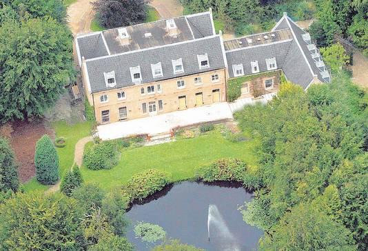 Villa Eikenhorst op landgoed De Horsten krijgt een tijdelijk bijgebouw, dat vier ton kost.