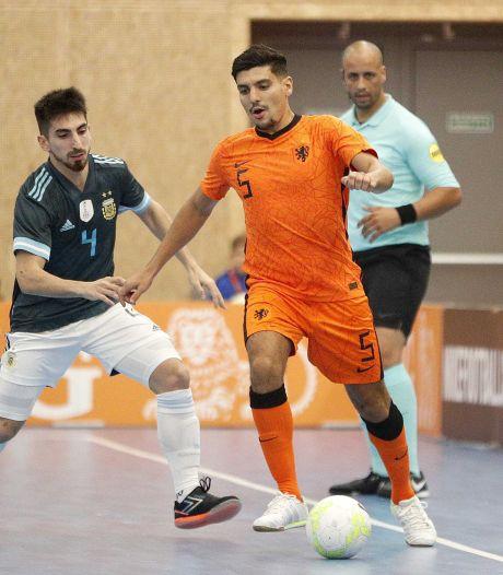 Zaalvoetballers FC Eindhoven dulden weer geen enkele tegenstand