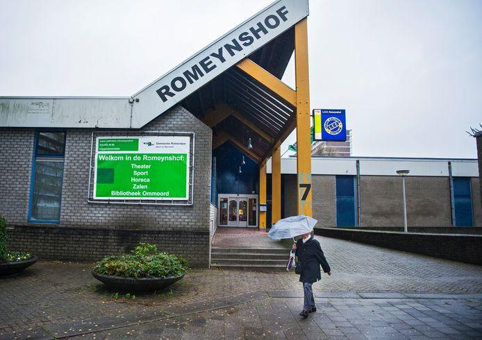 Wijkcentrum Romeynshof in Rotterdam-Ommoord gaat over 3 of 4 jaar tegen de vlakte. Daar komt een nieuw gebouw voor terug.