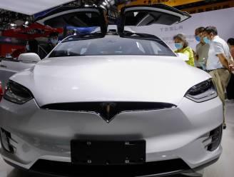 Leuvense onderzoekers hacken sleutel van Tesla Model X: maar paar minuten nodig om auto te stelen