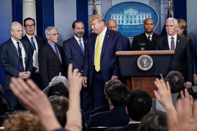 President Trump kreeg maandag tijdens een persconferentie vragen over zijn gezondheid. Beeld Getty Images
