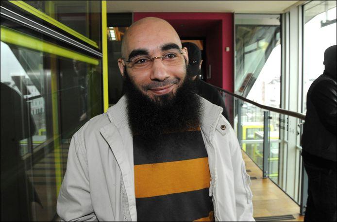 Fouad Belkacem in juni 2012 wanneer hij wordt veroordeeld tot 2 jaar cel, waarvan één jaar met uitstel, voor het aanzetten tot haat en geweld tegen personen en groeperingen.