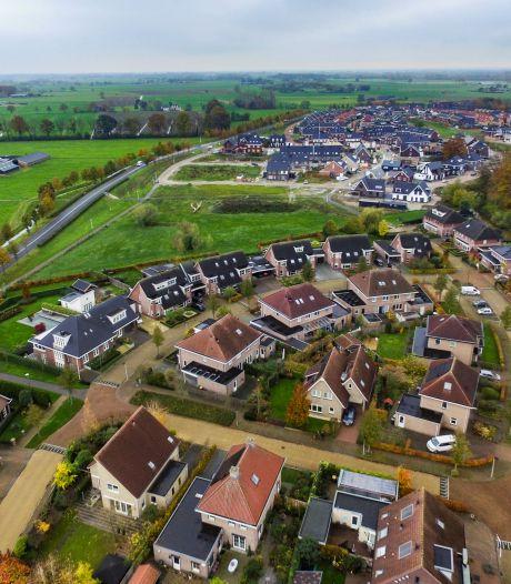 Bewoners van de Grutto in Wijhe kunnen fluiten naar groenstrook: grond wordt onderdeel van nieuw park