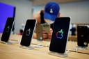 Producten worden niet alleen meer uit China gehaald vanwege de goedkope productie. Het maken van bijvoorbeeld iPhones vraagt om gespecialiseerde fabrieken.