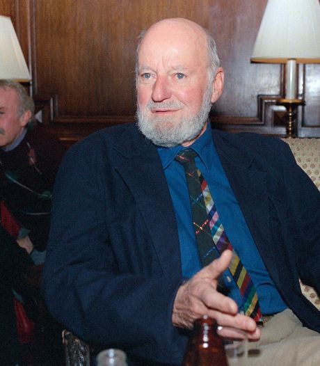 """Le poète américain Lawrence Ferlinghetti, figure de la """"Beat Generation"""", est mort à l'âge de 101 ans"""