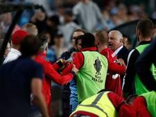 Vechtpartij in Australische bekerfinale nadat speler ballenjongen omver loopt