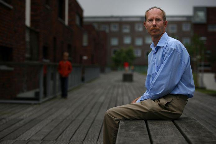 Peter Nikken, Lector Jeugd en Media op Hogeschool Windesheim en hoogleraar Mediaopvoeding aan de Erasmus Universiteit