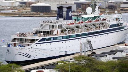 Besmetting op 'mazelenschip' in Curaçao blijft beperkt