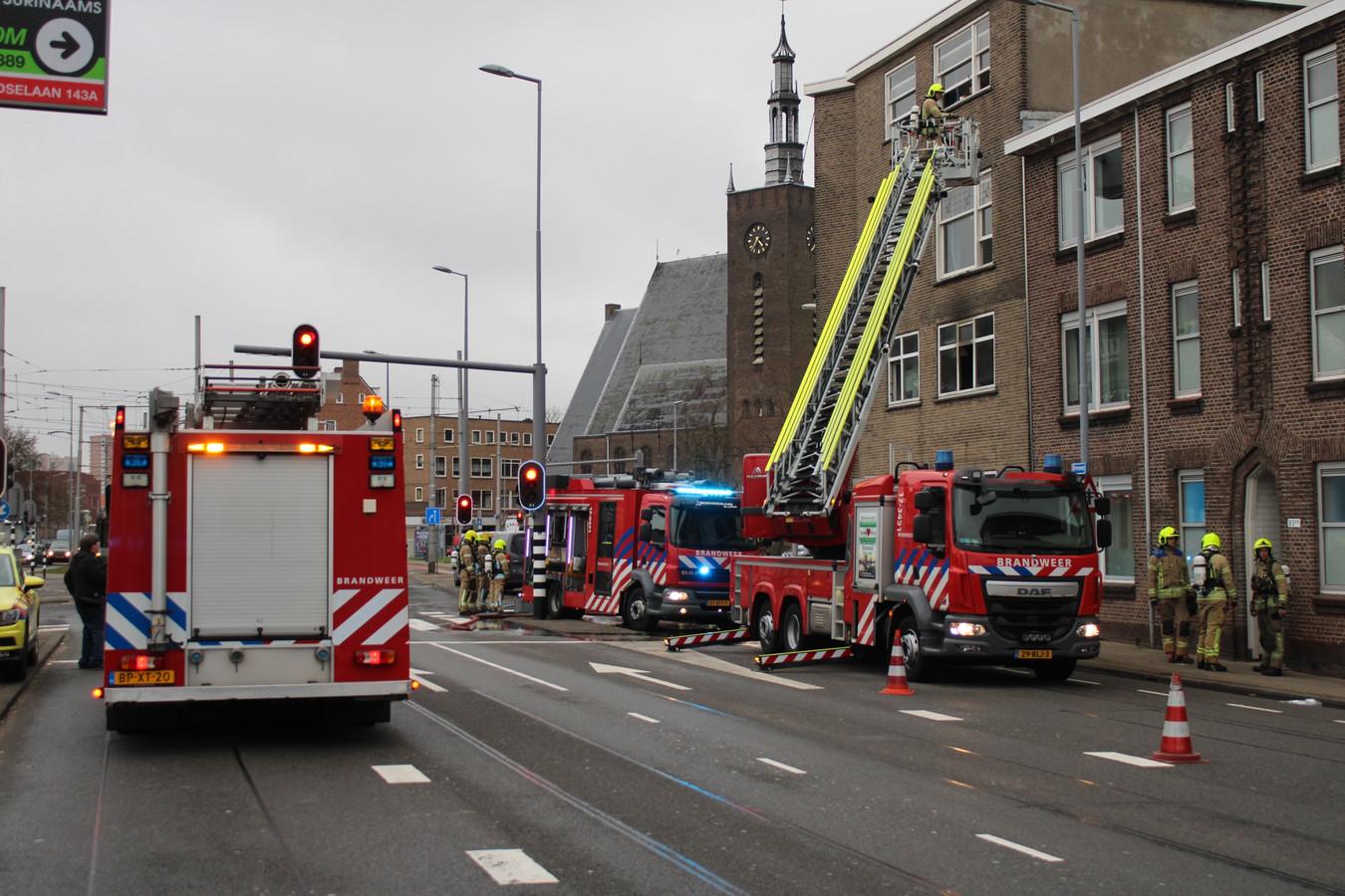 Hulpdiensten waren snel ter plekke bij de brand aan de Randweg.