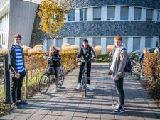 Mogen leerlingen nog in groepen naar school fietsen? 'Als we de politie zien, gaan we verder uit elkaar'