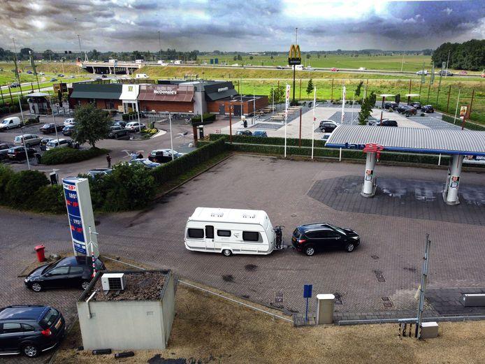 De McDonald's op de rustplaats langs de A27 bij Meerkerk.