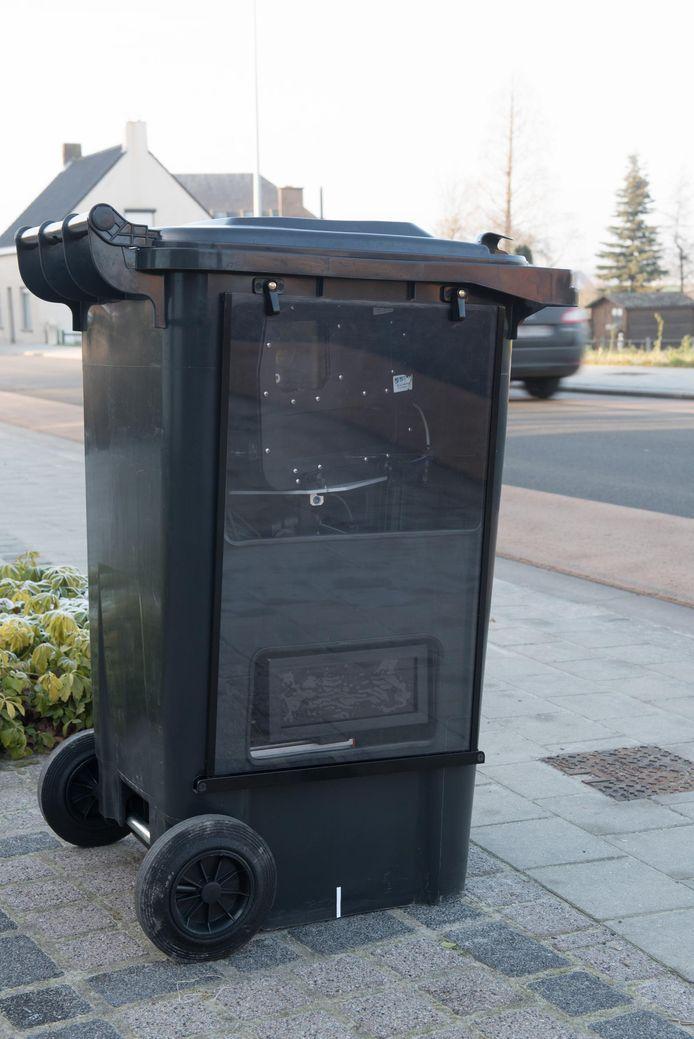 De superflitser kan in een vuilnisbakverstopt worden.
