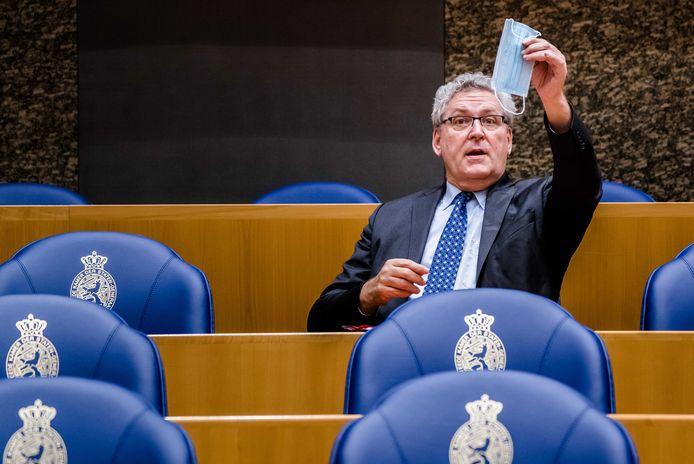 2020-12-09 18:35:33 DEN HAAG - Henk Krol (50Plus) tijdens het plenair debat in de Tweede Kamer over de ontwikkelingen rondom het coronavirus. ANP BART MAAT