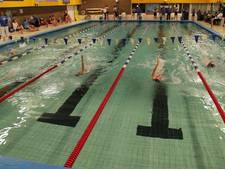 College Doorn wil zwembad  Woestduin tot 2036 open houden