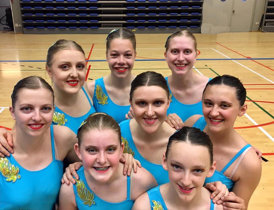 De acht meisjes van Twirl in Motion uit Lede mogen in oktober naar het EK in Venetië.