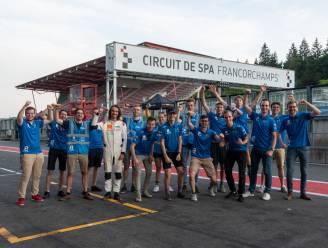 """Leuvense studenten testen zonnewagen op Circuit van Spa-Francorchamps: """"Goede voorbereiding op de race in Marokko"""""""