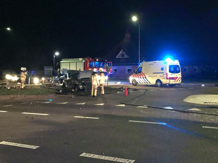 De bestuurder van een personenauto raakte gewond na een ongeluk in Wekerom