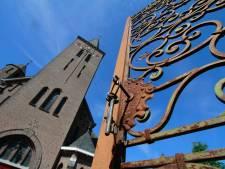 Bewoners kerk Moerstraten krijgen deels gelijk van rechter