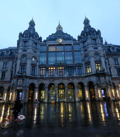 """Stad laat lichtontwerp maken voor Antwerps Centraal Station: """"Toegangspoort tot de stad nóg beter in de verf zetten"""""""