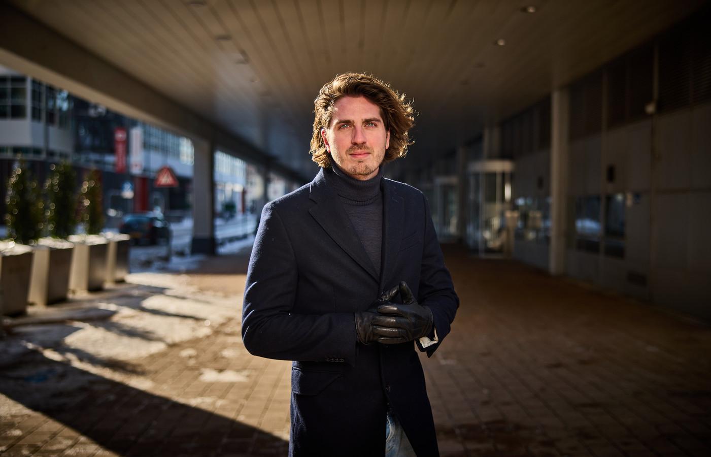 Dorian Bindels: ,,Ze noemen Schiebroek 'Schiebronx', maar ik ben aan de 'zachte' kant van de buurt opgegroeid.''