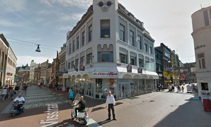 SushiPoint huurt het pand op de hoek van de Voorstraat en de Visstraat.