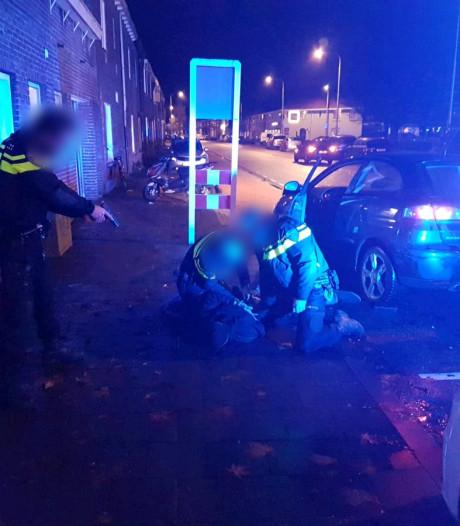 Man (19) die auto met geweld stal is opgepakt in Tilburg na wilde achtervolging: 'Levensgevaarlijke capriolen'