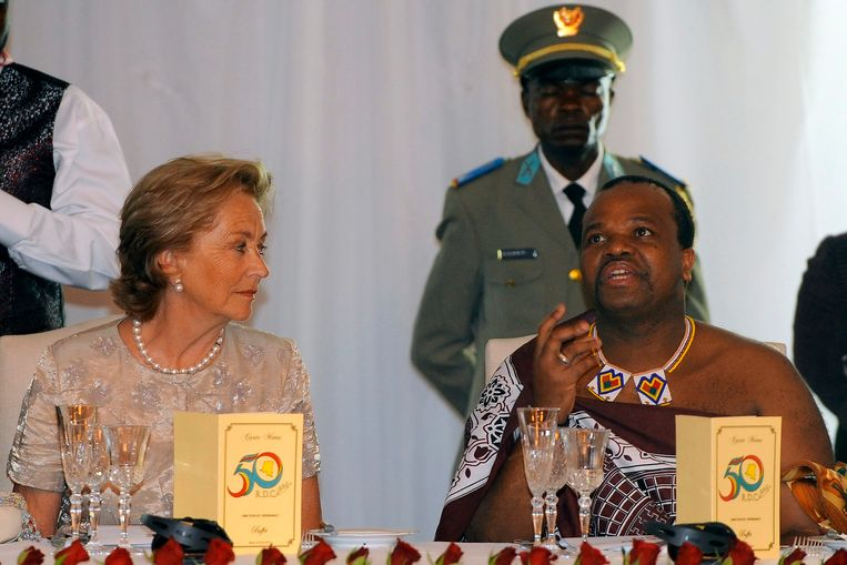 Koning Albert en koningin Paola trokken in 2010 naar Congo voor de 50ste verjaardag van de onafhankelijkheid van Congo. Op één van de galadiners was ook koning Mswati III van Swaziland aanwezig.