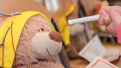 Kinderen overwinnen ziekenhuisangst met 'Teddybear Hospital'