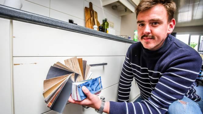 """Je keuken of winkel er als nieuw laten uitzien aan een betaalbare prijs? Oostkamps bedrijf renoveert interieurs met folie: """"Een van de eersten in België"""""""