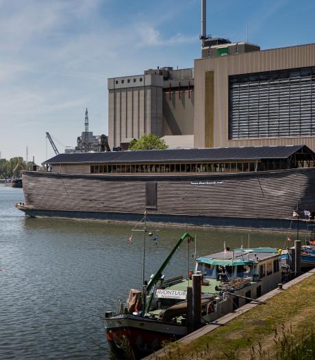 Een ark vol bijbelse verhalen meert aan in Wageningen